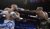 """بالفيديو.. """" مايويذر """" بطلا لنزال القرن في الملاكمة ويفوز بمليار دولار"""