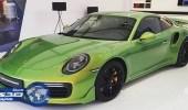 بيع بورشه Exclusive 911 Turbo S ذات لون اخضر مميز بسعر 98 ألف دولار