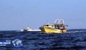 بالفيديو.. بحارة تونسيون يتصدون لأوروبيين حاولوا إيقاف قوارب مهاجرين