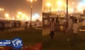 بالفيديو.. فتيات يطاردن شاب خطف جوال مواطنة في أحد شوارع المملكة