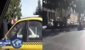 بالفيديو.. سائق إيراني يعذب زوجته بطريقة وحشية