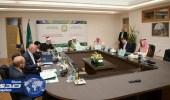 """مركز الملك فهد الثقافي يتوسع في التعاون مع الجامعات ويدعم تعليم """" العربية """""""