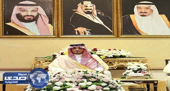 وزير الداخلية يلتقي قادة قوات أمن الحج في منى