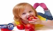تحذير من استخدام الفاكهة والخضروات النيئة للأطفال