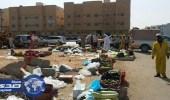 بلدية الخفجي تداهم بائعين أجانب أمام المساجد