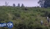 """بالفيديو.. رجل مخمور حاول التقاط """" سيلفي """" مع الفيل فقتله"""