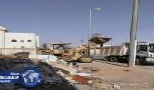 حملة بلدية طريف لإزالة الأنقاض ومخلفات البناء