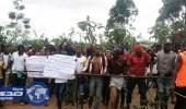 إغلاق الأقاليم الناطقة بالإنجليزية في الكاميرون