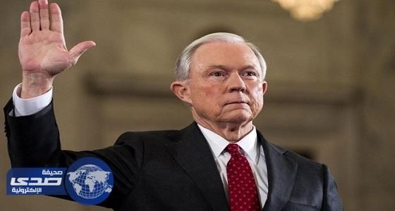 عرض كبار موظفي البيت الأبيض على جهاز كشف الكذب
