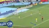 بالفيديو.. كلب يقتحم مباراة كولومبيا والبرازيل في تصفيات كأس العالم