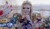 بالفيديو.. نرويجية تدخل جينيس بأكبر عدد من الدمى