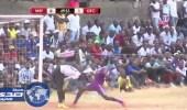 بالفيديو.. حيله ذكية للاعب تنزاني تحول الملعب لساحة هستيرية