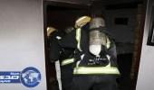 بالصور.. إصابة امرأتين إثر حريق شقة في العزيزية