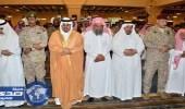 نائب أمير الرياض ينقل تعازي القيادة لأسرة الشهيد السبر