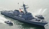 مدمرة أمريكية تساعد سفينة إيرانية هاجمها قراصنة