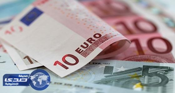 اليورو يسجل أدنى مستوياته في 6 أسابيع
