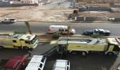 بالصور.. الدفاع المدني يخمد حريقاً بشقة في عرعر