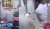 بالفيديو.. دعابة في حفل زفاف ترسل العريس إلى المستشفى