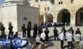 مستوطنون يقتحمون ساحة المسجد الأقصى