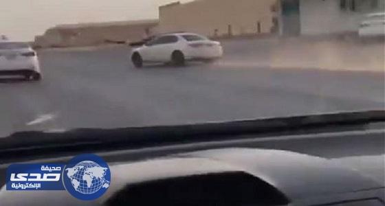 فيديو  اصطدام عنيف لمواطن حاول اللحاق بمفحط