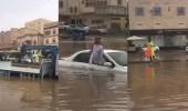 بالفيديو.. ردة فعل سريعة من فلبيني لإنقاذ مواطن من الغرق بجدة