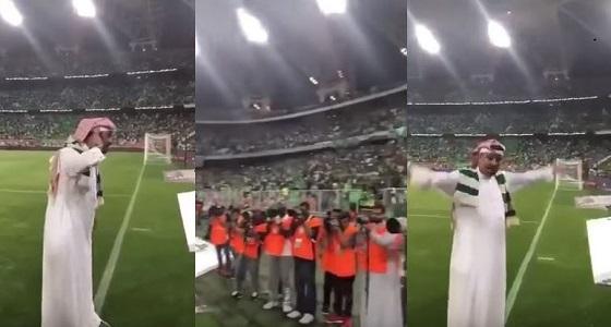 """بالفيديو .. جماهير """" الأهلاوية """" يعبرون عن فرحتهم برئيسهم الجديد"""