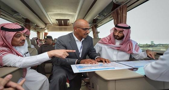 بالصور.. أمير مكة المكرمة بالنيابة يتفقد مطار جدة الجديد