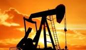 تراجع أسعار النفط وزيادة إنتاجه في الولايات المتحدة