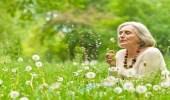 8 معتقدات خاطئة تمنعك من التقدم بالعمر في سعادة