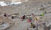 بالصور.. انتشار القمامة والمتسولين في جبل النور بمكة