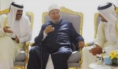 مفتي الشيطان يصف أمير قطر السابق بالعراب