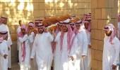 بالفيديو والصور.. أداء الصلاة على الأمير منصور وتشييع جنازته
