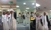 بالفيديو.. جولة مفاجئة لأمير الباحة على مستشفى مشاري بن سعود