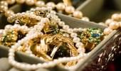 عاملة منزلية تسرق مجوهرات تتجاوز قيمتها مليوني ريال