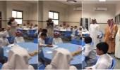 بالفيديو.. تجربة علمية بمدرسة تلفت انتباه الأمير مشعل