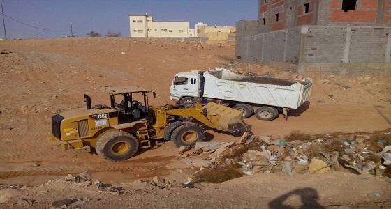 بالصور.. أمانة الشمالية تقوم بتنظيف حي الربوة