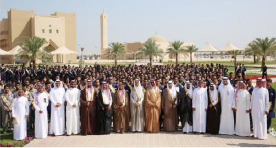 تخريج 564 طالباً من معهد خدمات البترول في الخفجي