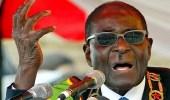 رئيس زيمبابوي يتنحى عن منصبه خلال ساعات