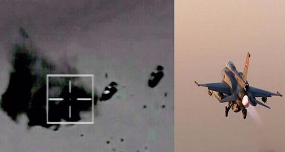 الجيش المصري يدمر 10 سيارات محملة بالأسلحة على الحدود الغربية