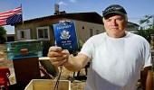 الضرائب تواصل دفع الأمريكيون للتنازل عن جنسيتهم