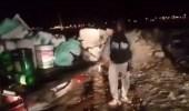 بالفيديو.. ضبط 4 وافدين من الجنسيات الآسيوية يروجون الخمور