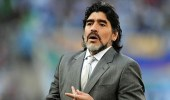 """مارادونا يسخر من تصريح """" رونالدو """" بأنه الأفضل في التاريخ"""