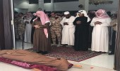 قائد قوات الأمن الخاصة ينقل تعازي القيادة الرشيده لأسرة الشهيد خالد بن محمد الصامطي