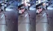 فيديو مؤثر لرجل تشتعل النيران برأسه مرتين لإنقاذ والدته