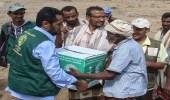 مركز الملك سلمان للإغاثة يوزيع سلال غذائية بالساحل الغربي لليمن