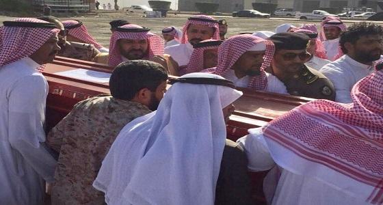 بالصور.. وصول جثمان الشهيد الزهراني لمحافظة الحجرة