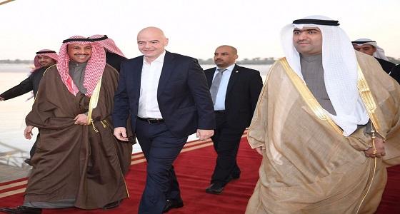 """وصول رئيس """" الفيفا """" إلى الكويت"""