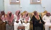 """محافظ صبيا يقدم واجب العزاء لذوي الشهيد """" تويتي """""""