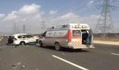 وفاة وإصابتان في حادث بطريق المدينة القديم