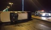 إصابة شخصان إثر انقلاب مركبة بالطائف